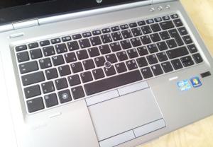 HP EliteBook 8470p - tělo a klávesnice